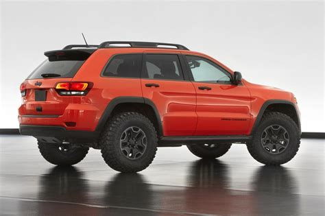 jeep grand cherokee trailhawk lifted video jeep grand cherokee trailhawk ii concept revealed