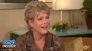 Robin Thickes Mother Gloria Loring Criticises Miley Cyrus