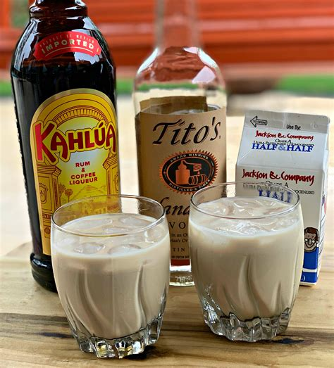 Vel'iy russkiy) is a cocktail made with vodka, coffee liqueur (e.g., kahlúa or tia maria) and cream served with ice in an old fashioned glass. White Russian Cocktails - The Cookin Chicks