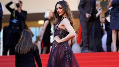 Deepika Padukone Carpet Cannes Wallpapers Russian Doppelganger