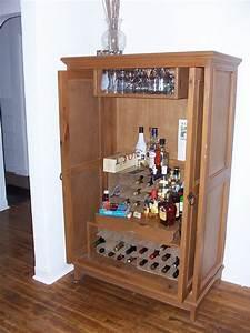 Build A Small Liquor Cabinet Plans DIY Free Download