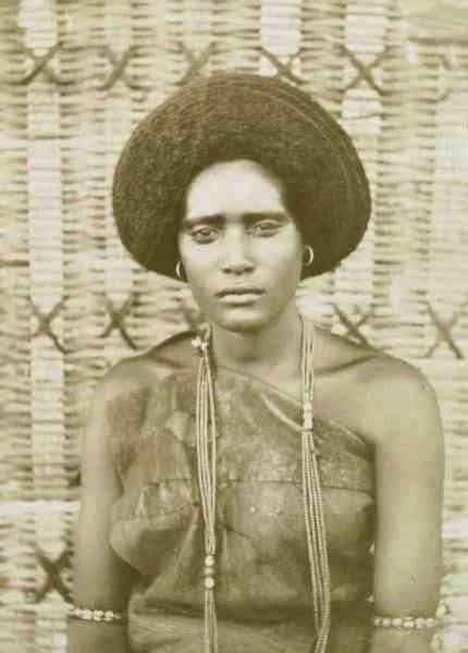 amazing black afrikan oromo women hairstyle  pre