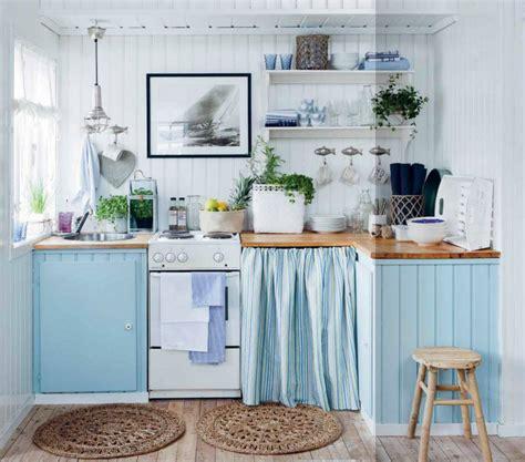 Una Cocina En Azul Y Madera Natural  Kitchen In Blue And