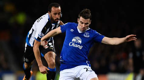 Everton 3 - 0 Newcastle United Match report - 04/02/16 ...
