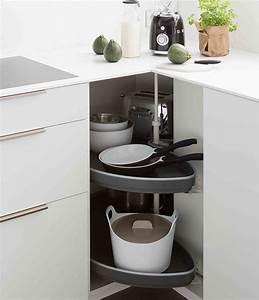 Meuble D Angle Haut Cuisine : meuble de cuisine quel meuble d 39 angle choisir mobalpa ~ Teatrodelosmanantiales.com Idées de Décoration