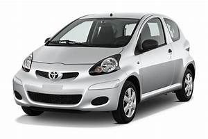 Prix Toyota Aygo : prix aygo neuve achetez moins cher votre toyota aygo ~ Medecine-chirurgie-esthetiques.com Avis de Voitures