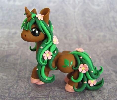 artist creates cute sculptures    dragons