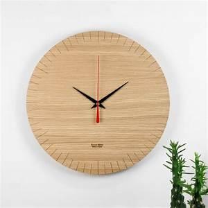 Horloge Murale Bois : horloge murale au design pur en bois austerlitz amobois ~ Teatrodelosmanantiales.com Idées de Décoration