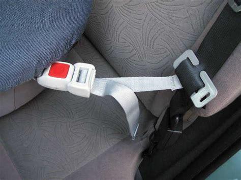 comment mettre un siege auto fixation nacelle pour bébé divers équipement forum technique