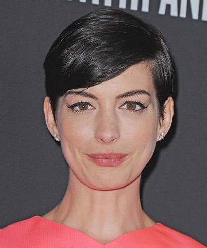 anne hathaway hairstyles    easily replicated