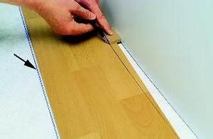 Holzterrasse Längs Oder Quer : verlegehinweise und montageanleitung laminat ~ Markanthonyermac.com Haus und Dekorationen