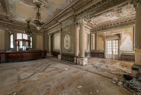 abandoned casino     magnificent