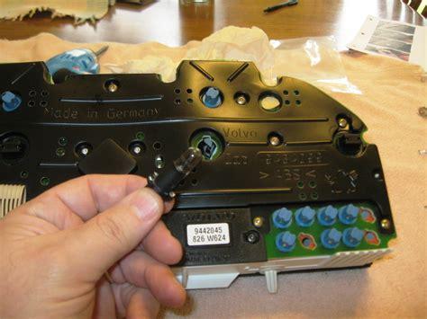 odometer  instrument lights  volvo  wagon