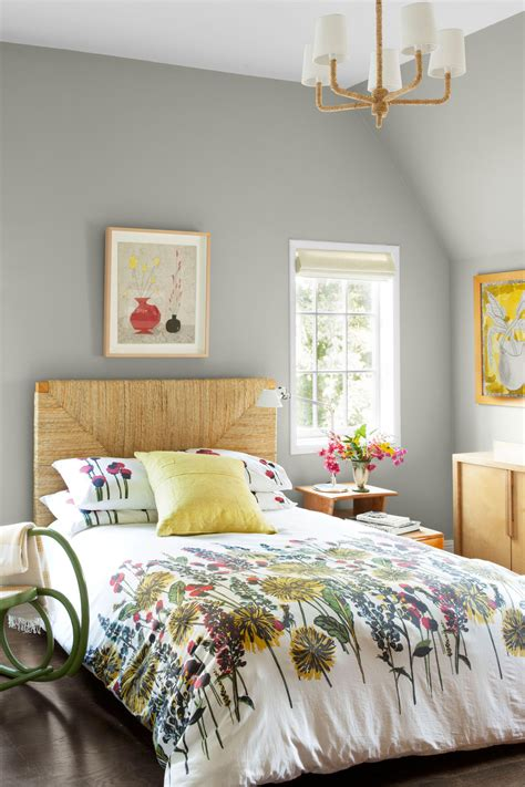 10 Gray Bedroom Decorating Ideas  Grey Paint Colors For