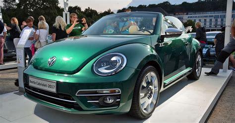 green volkswagen beetle 2017 volkswagen s retro beetle ups its styling game for 2017