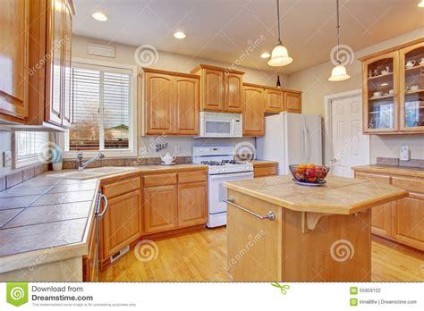 plancher bois cuisine cuisine bois moderne