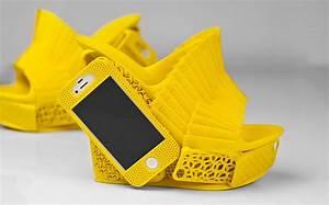 3D Printed Heels Sport A Smartphone Case For Safe Keeping ...
