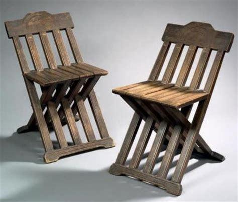chaise du moyen age rinascimento veneziano le mobilier à lire