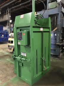 8740 Reconditioned Philadelphia Tramrail Ptr Baler And
