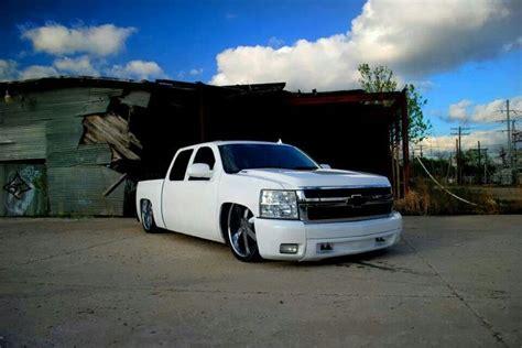 2008 chevy silverado 6 8 dropped on 24 in intro flow chevy silverado dropped autos post