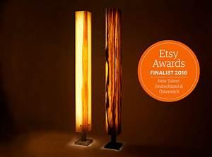 Lampe Mit Holzstamm : stehlampen stehleuchte stehlampe holz furnier led ein designerst ck von brennholz design bei ~ Indierocktalk.com Haus und Dekorationen