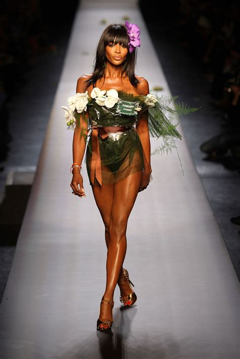Geeks fashion Black Women Models in Fashion