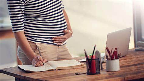 sentir bebe bouger sentir bebe bouger a 2 mois de grossesse 28 images 4 mois de grossesse sentir b 233 b 233