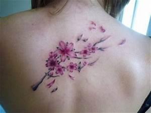 Tattoo Fleur De Cerisier : cerisier tatouage ~ Melissatoandfro.com Idées de Décoration