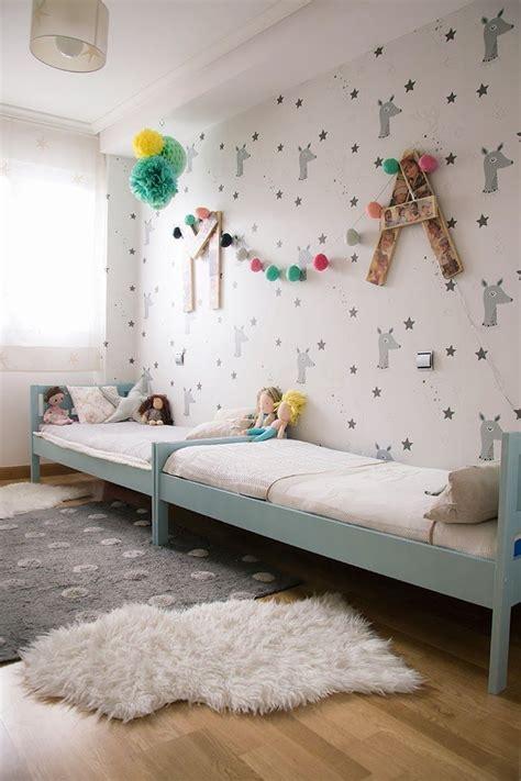 des chambre pour fille les 25 meilleures idées concernant chambre partagée