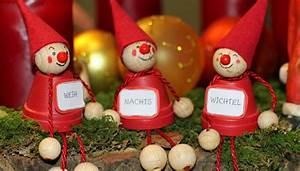 Weihnachtsdeko Ideen Selbermachen : weihnachtsdeko selber basteln adventskranz dekokugeln co ~ Orissabook.com Haus und Dekorationen