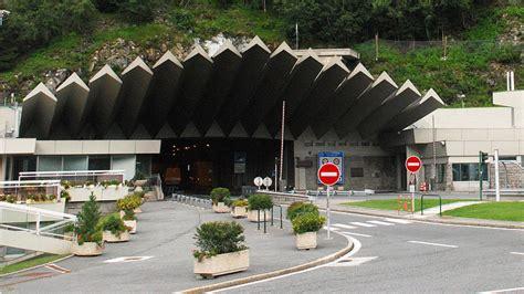 trafic tunnel du mont blanc tunnel du mont blanc longueur 28 images haute savoie chantier et fermetures dans le tunnel