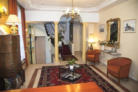 chambre hote tours centre hotel tours centre ville la galerie photo de l 39 hôtel du