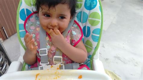 Inculcating Independent Eating Habits In Babies