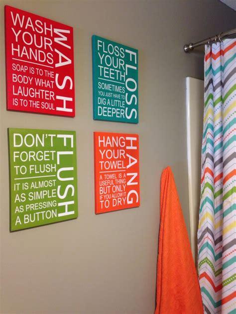 Gender Neutral Bathroom Decor by Best 10 Bathroom Decor Ideas On Yellow