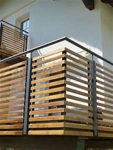 Balkonverkleidung Aus Holz : balkongel nder stahl pulverbeschichtet mit holz ~ Lizthompson.info Haus und Dekorationen