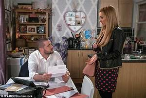 Corrie spoiler: Catherine Tyldesley cried over Aidan ...