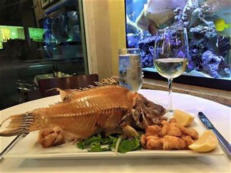 seafood restaurants  miami