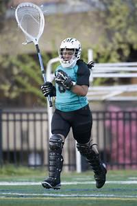 Girls Lacrosse Goalie Taking The Field Stock Photo - Image ...