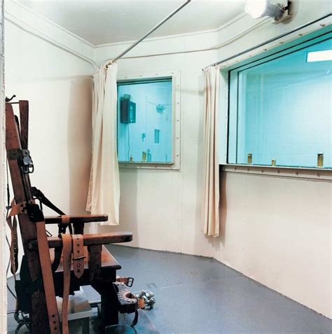 chambre a gaz usa photos a haunting look at america s execution chambers