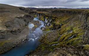 Waterfalls, In, Iceland, Canyon, Of, Sigoldugljufur, Ultra, Hd