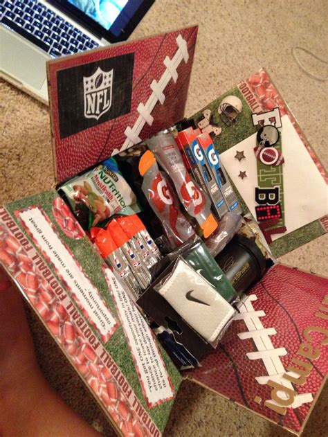 best christmas gifts for teen baseball players 25 best ideas about football on gifts for