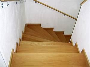 Holzstufen Auf Beton : wir bieten ihnen holztreppen spindeltreppen sowie gerade ~ Michelbontemps.com Haus und Dekorationen