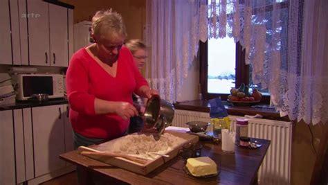 arte cuisine des terroirs documentaire quot c est pas sorcier cacao et chocolat quot en