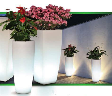 pot fleur lumineux carr 233 poterie pot de fleurs lumineux boutique d 233 coration et am 233 nagement