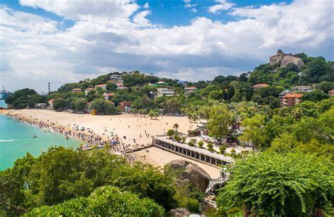 xiamen beach gulangyu arrivalguides