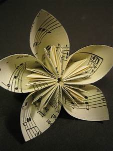 Papierblumen Selber Basteln : kreatives basteln papierblumen basteln ideen rund ums haus pinterest papierblumen basteln ~ Orissabook.com Haus und Dekorationen