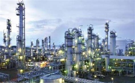 chandra asri petrochemical bangun pabrik senilai  juta