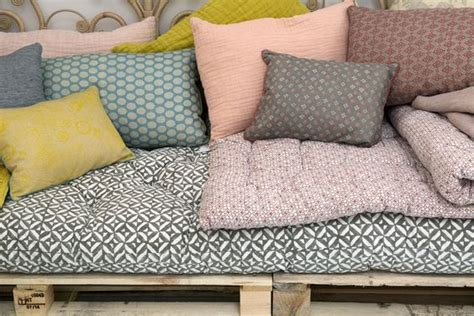 coussin pour canapé palette 10 diy pour le jardin cocon de décoration le