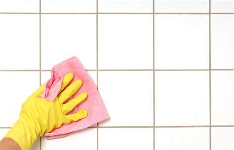 le nettoyage des joints de carrelage
