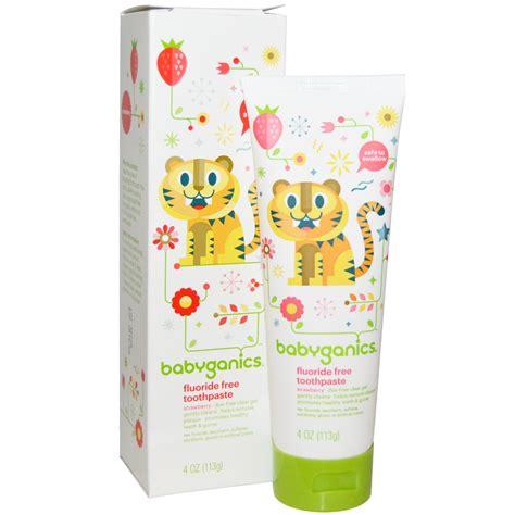 babyganics toothpaste strawberry babyganics flouride free toothpaste strawberry 4 oz